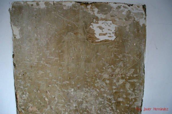Muro con grafitos moriscos.
