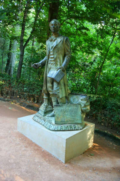 Monumento a Washington Irving.