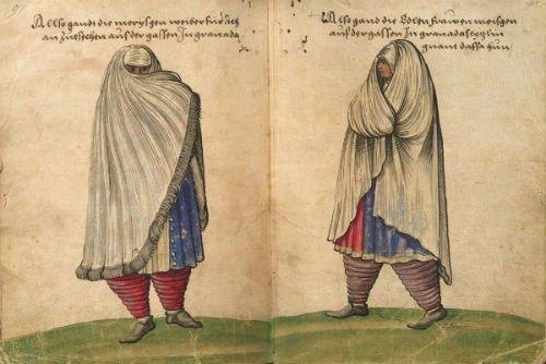 Moriscas de Granada con velo almalafa de paseo.