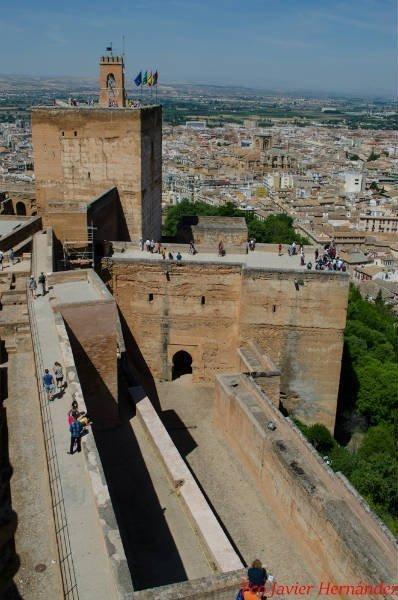 Salida de la Puerta de Armas, al interior de la Alcazaba