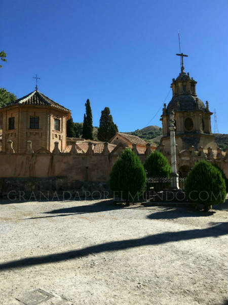 Entrada a las catacumbas de San Cecilio