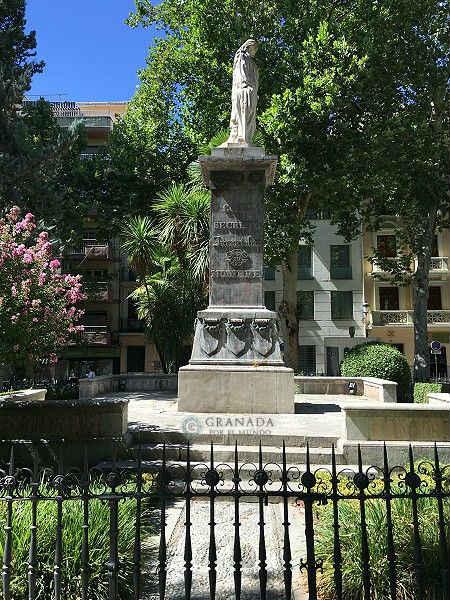 Plaza de Mariana Pineda