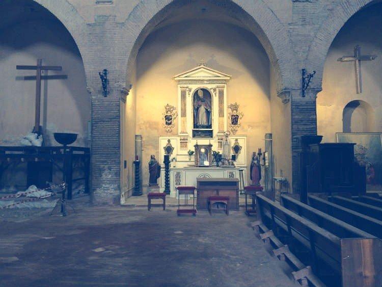 Interior de la Iglesia de San Nicolás en obras.