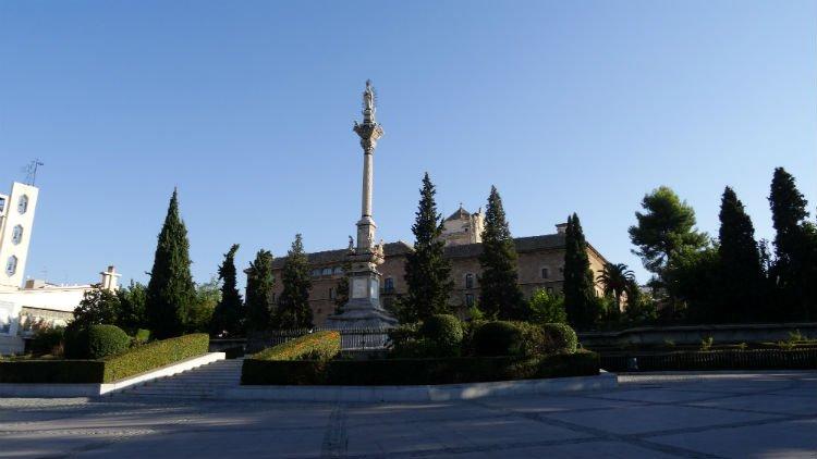 Los Jardines del Triunfo Granada