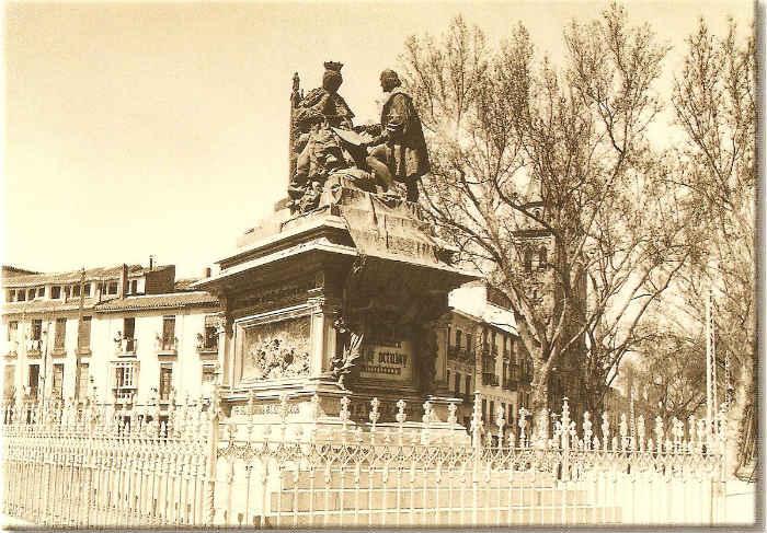 Monumento de Isabel y Colon en el Humilladero