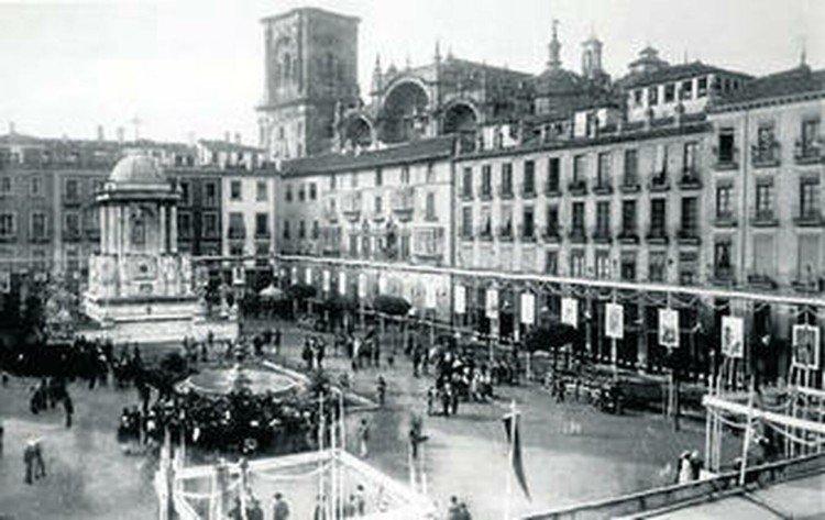 Bibarrambla-Casa-Miradores-Palacio-Arzobispal Granada