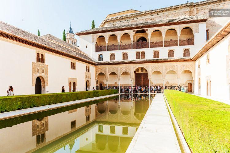 tour guiado de la Alhambra y el Generalife Granada