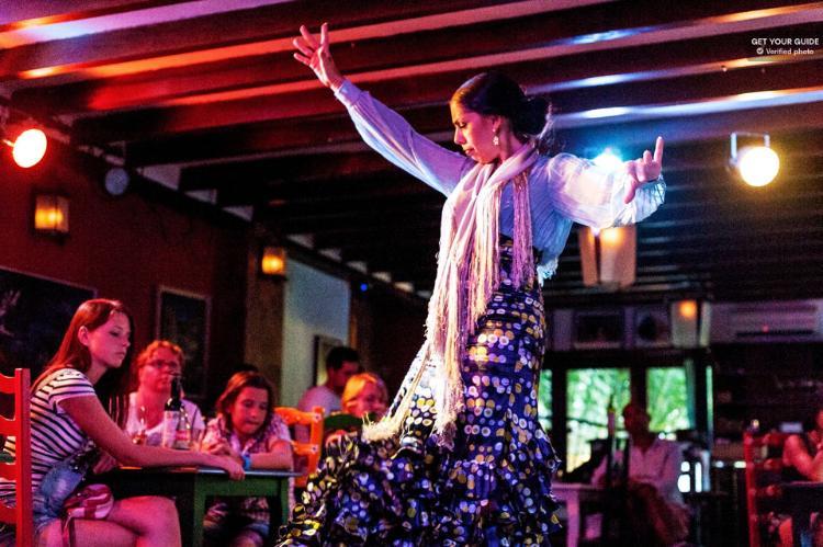 Espectáculo flamenco en el Albaicín Granada
