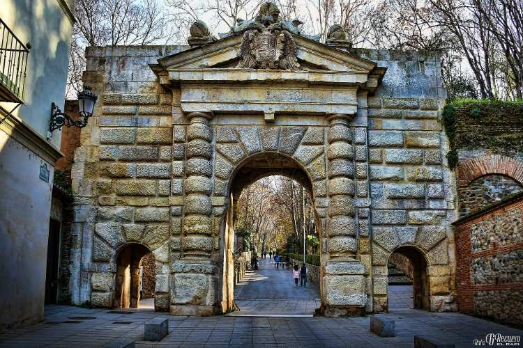 Puerta de las Granadas y Cuesta de Gomerez. Foto de Rafa G Recuero