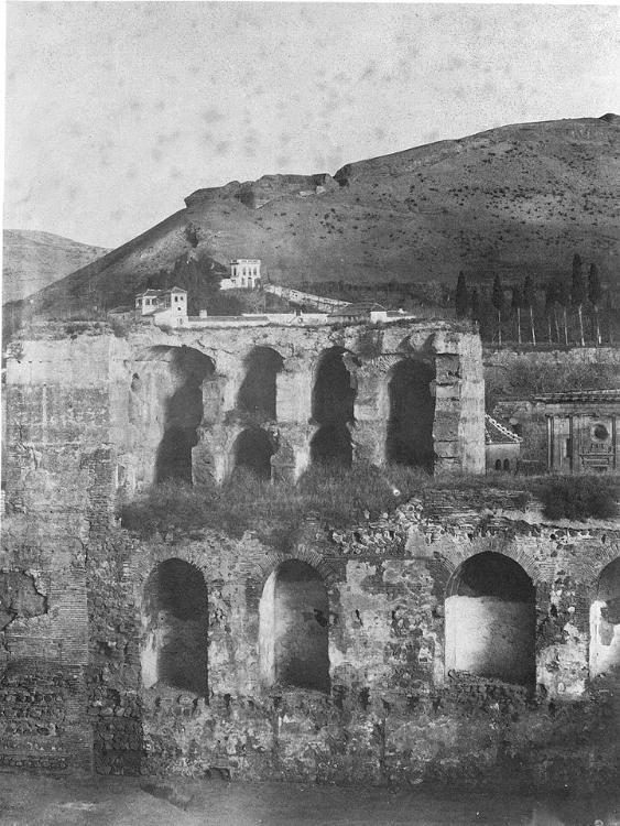 Torre Quebrada de la Alhambra en 1860