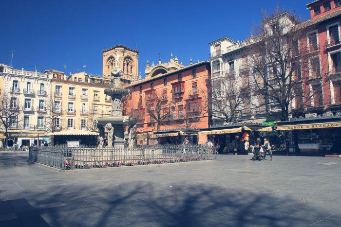 plaza bib rambla granada