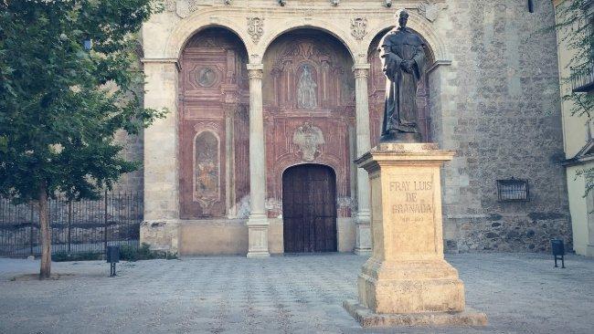 plaza de santo domingo granada