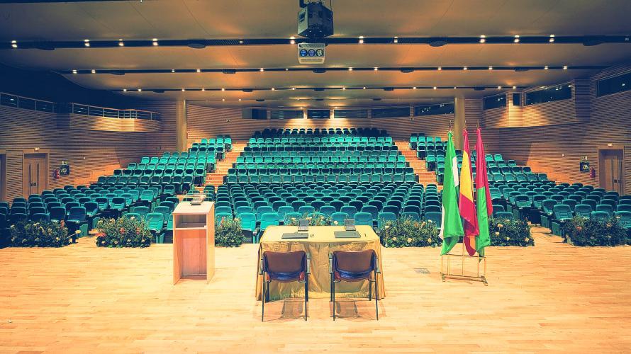 sala manuel de falla en palacio de congresos de granada